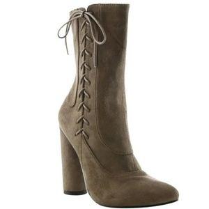 Cape Robbin Boots   Size 10